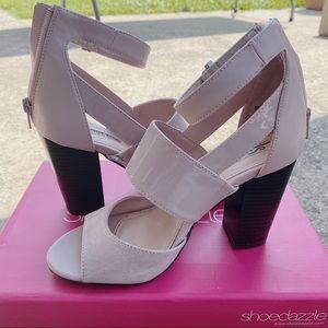 Shoedazzle pink heels